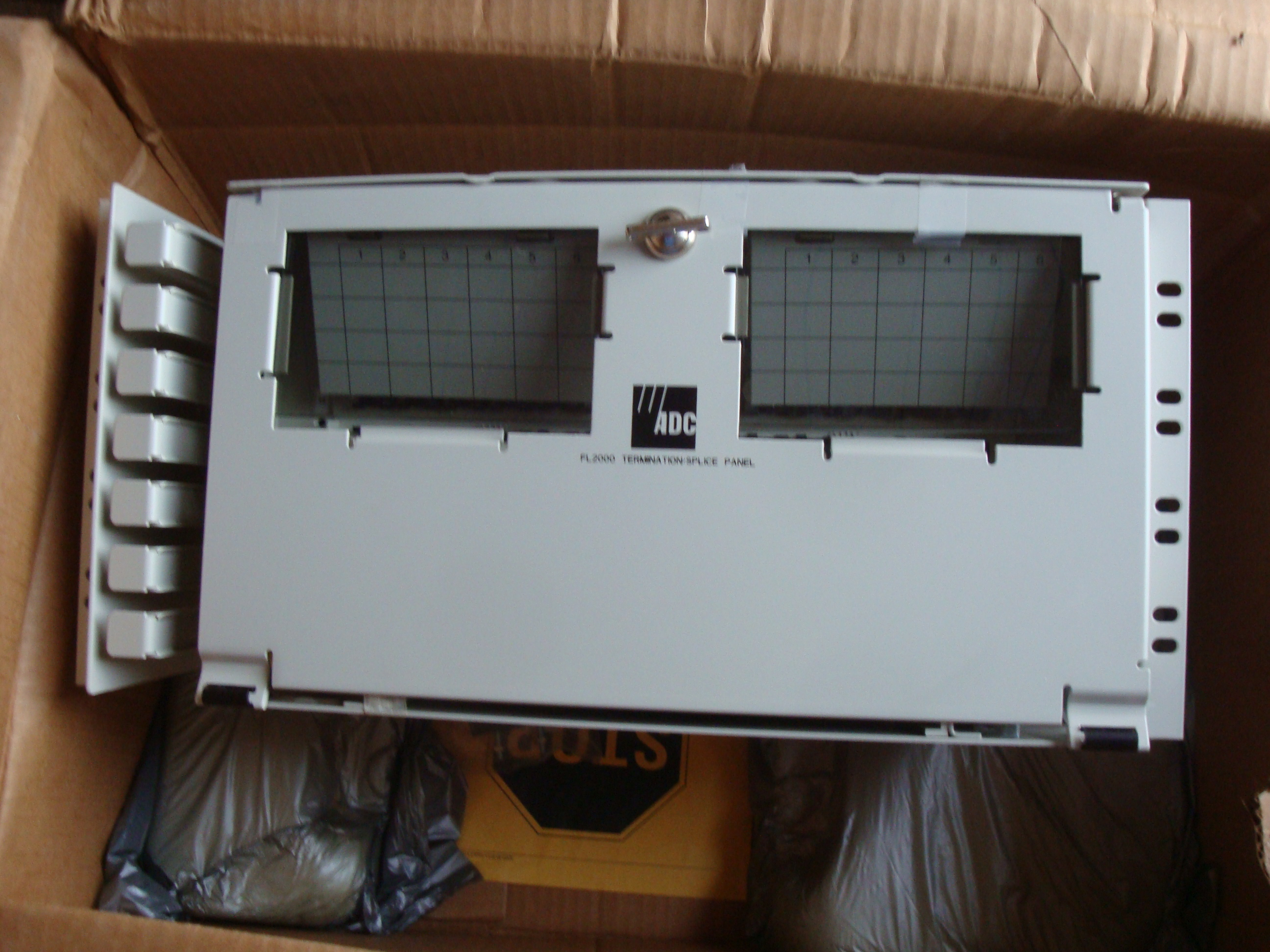 ADC ODF 8U FL2 – C4 20048PW-4000